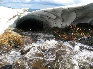 Vesi tekee lumikentät petollisiksi