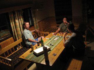 Pokeripöydässä